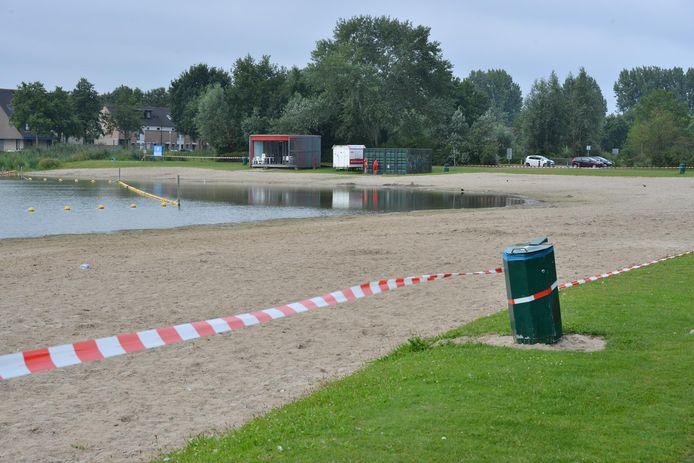 De Asterdplas in Breda gaat vandaag weer open voor zwemmers.