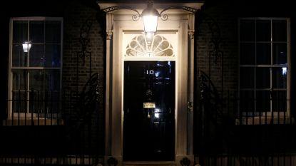 De broeihaard Downing Street 10: hoe het coronavirus zich ongestoord door het kabinet van Boris Johnson kon verspreiden