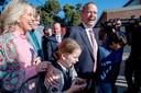 Oppositieleider Bill Shorten en zijn gezin bij een stembureau.