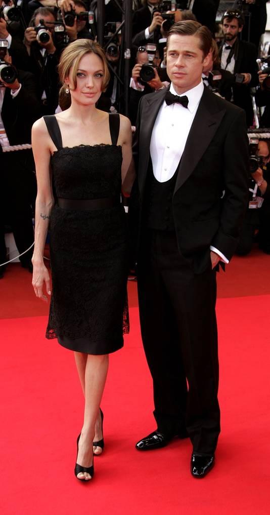 Angelina Jolie en Brad Pitt tijdens de première van 'A Mighty Heart: The Daniël Pearl Story' op 21 mei.