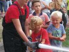 Klundertse brandweer op bezoek bij kindervakantieweek