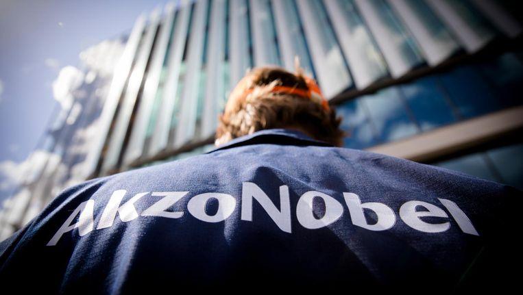 Een medewerker van AkzoNobel. Beeld anp