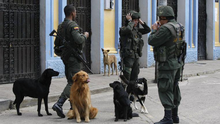 De Colombiaanse politie leidt de verkiezingen in goede banen