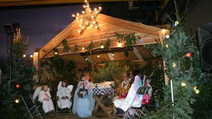 Kerstwandeling op Brechtse Heide met nachtmis in bedrijfshal Luyckx