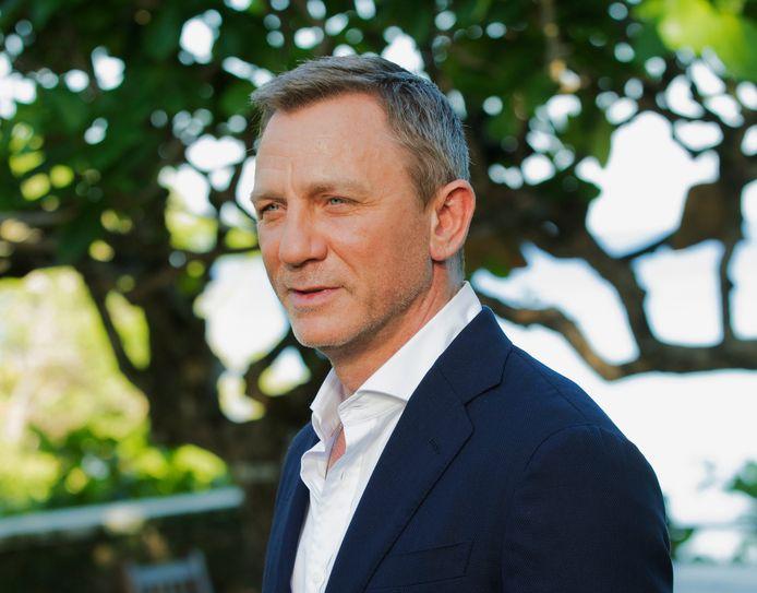 Daniel Craig speelt opnieuw James Bond.