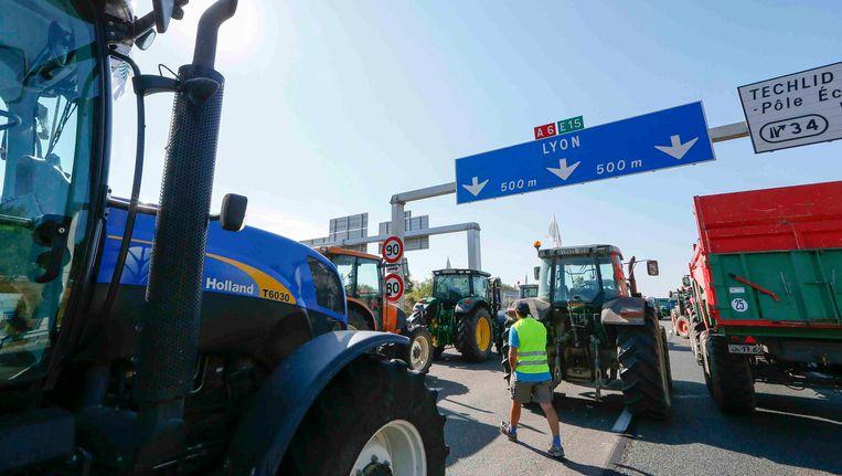 Actievoerende boeren blokkeerden in juli al verschillende Franse snelwegen.