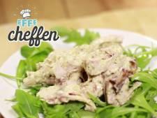 Met maar 4 ingrediënten maar je deze lekkere kip pesto salade