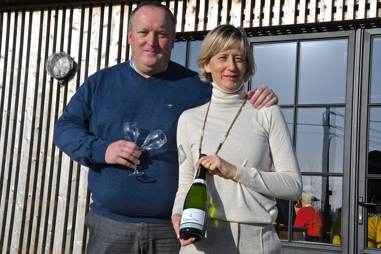 Peter Bruneel en Heidi Huys van hotel Résidence Pierre gaan tijdelijk in Pittem een restaurant en hotel uitbaten.