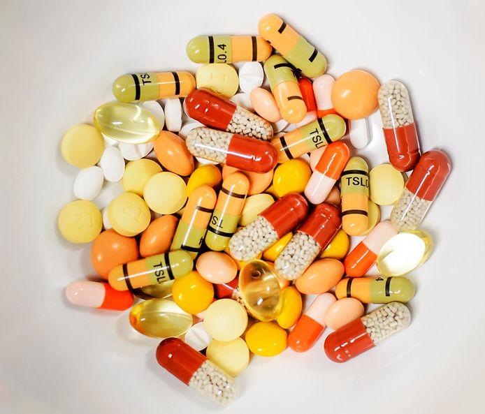 Verschillende kankermedicijnen bij de ziekenhuisapotheek van het LUMC.