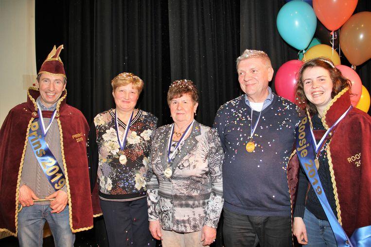 De Orde van de Bolhoed bracht hulde aan enkele medewerkers die steeds klaar staan om te helpen bij het jaarlijkse carnaval
