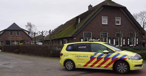 Medewerker stal Bunschoten overleden na ongeval met paard.