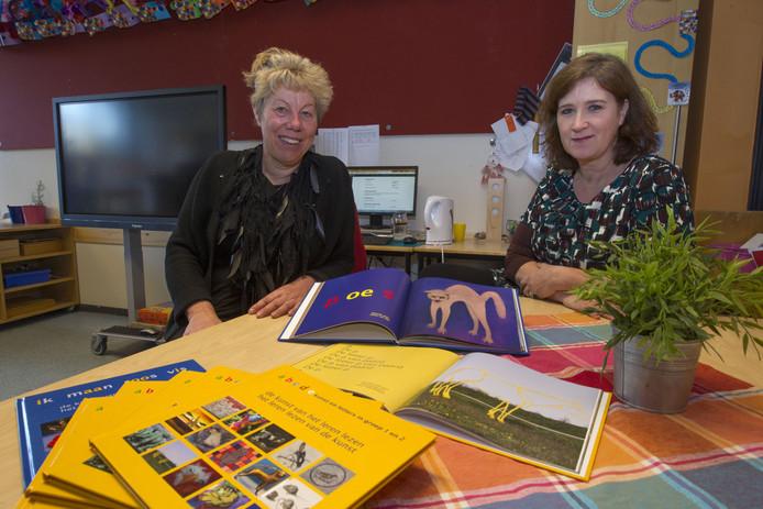 Milheeze - Helma Verhelst (l) en Peggy Hezemans hebben prentenboeken gemaakt waarbij lezen wordt gecombineerd met kijken naar kunst.
