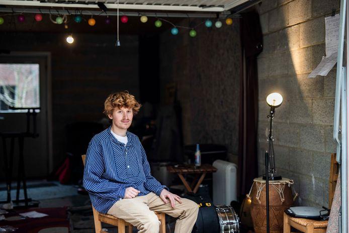 Laatstejaarsstudent Drums aan PXL-Music Anton Valcke (23) ontdekte deze week dat dieven zijn repetitiekot zo goed als volledig hebben leeggeroofd.