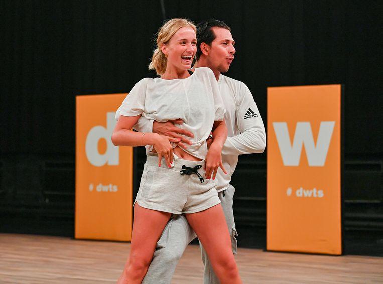 Julie Vermeire en haar danspartner Pasquale.