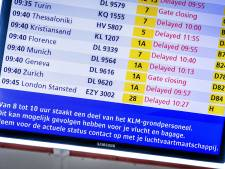 KLM-staking leidt tot 24 annuleringen, actie op Schiphol duurt tot 17.00 uur