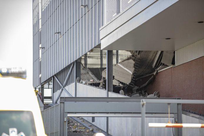 Een parkeergarage in Wormerveer stortte vorig jaar september deels in.