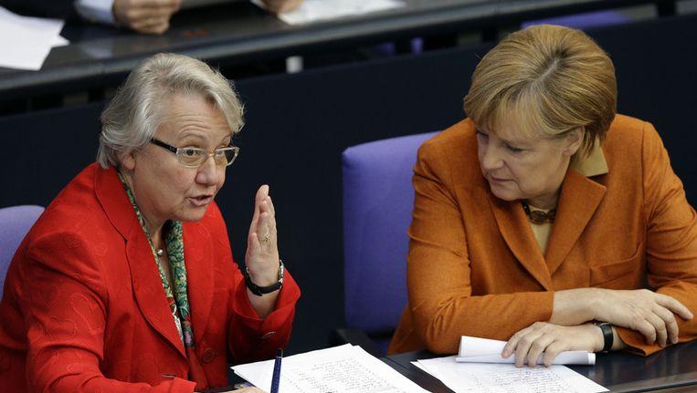 Annette Schavan met Angela Merkel Beeld ap