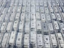 Honderden caravans met spoed weg uit Huissense kassen