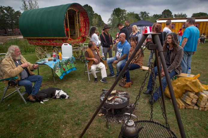 Het Latcho Diewes festival vond twee keer plaats op het evenemententerrein achter het Ontmoetingscentrum in Beek en Donk. Archieffoto Van de Meulenhof