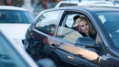 Extra maatregelen naar aanleiding van verkeerschaos door werken in en rond centrum Eernegem