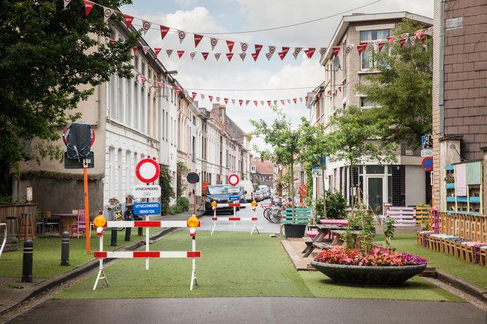 De leefstraat in de Meibloemstraat van enkele jaren geleden.