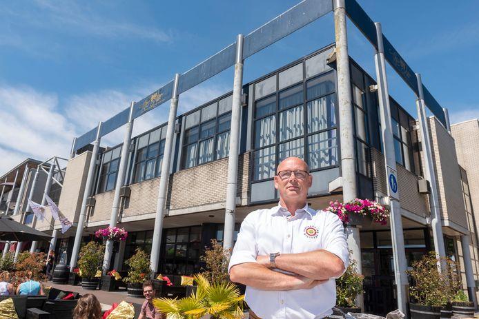 Erik van der Schaaff wil theater The Lux behouden voor Zeewolde.