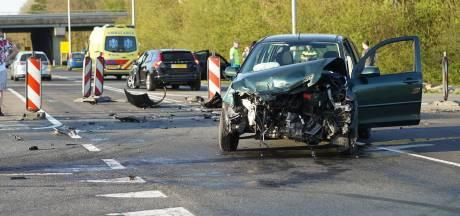 Automobilist gewond bij aanrijding in Apeldoorn