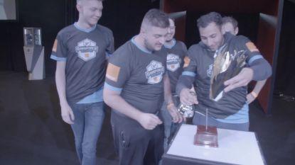 VIDEO. Trofee van gametoernooi Gameforce Masters wordt officieel 'Broken Trophy' na deze komische prijsuitreiking