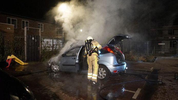 De tweede brand van vannacht aan de Heleen Ankersmitstraat.