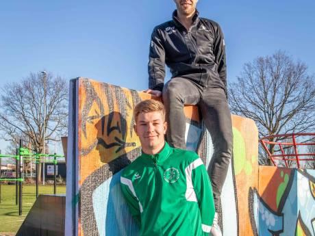 Voetbalbroers Niels en Stijn Luteijn zijn zorgzame monsters
