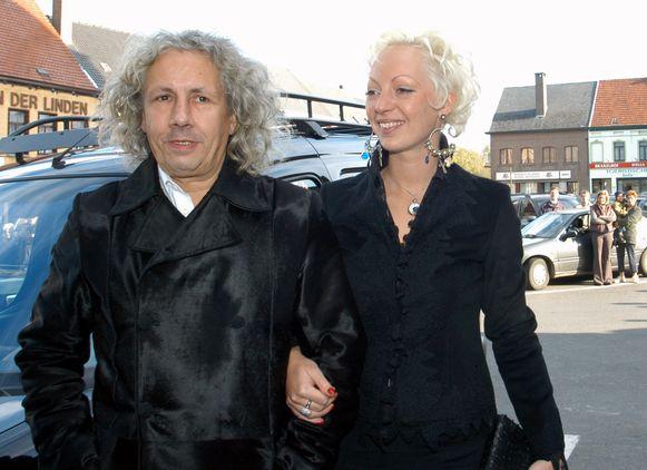 Op 18 september 2003 trouwde Panamarenko (62) met Eveline Hoorens (29), een gebeurtenis die op veel belangstelling kon rekenen.