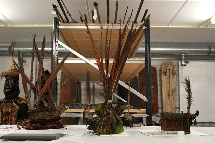 Guyaanse verentooien in het Zeeuws Museum in Middelburg.