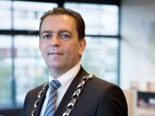 Rijswijkse burgemeester Michel Bezuijen thuis in quarantaine vanwege besmette partner