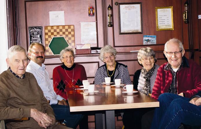 't Noaberhuus in Hellendoorn heeft nu elke vrijdag een seniorenmiddag.