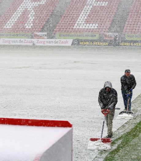 Duel tussen Utrecht en Feyenoord afgelast vanwege sneeuwval