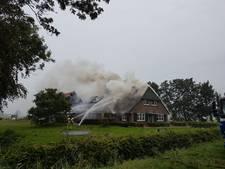 Brand verwoest boerderij in buitengebied van Staphorst