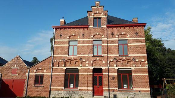 De Hellebaard heeft onderdak gevonden in de pastorij in Borsbeke