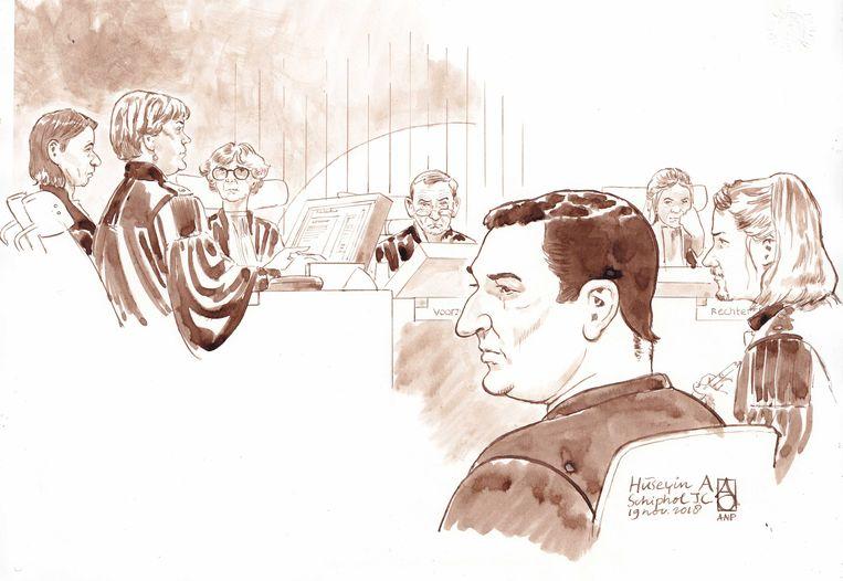 Verdachte Hüseyin A. in de rechtszaal. Beeld ANP