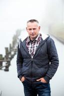 """Cees Ploegstra:  ,,Als iemand wat weet over de verdwijning van mijn broer en na tien jaar wel wil praten, laat die dan alsjeblieft contact opnemen met de politie."""""""