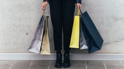 Modebloggers delen tips om de solden te overleven