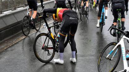 KOERS KORT: Gevallen Naesen onzeker voor Ronde van Vlaanderen - Van Aert houdt rugpijn over aan botsing met seingever