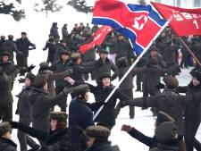 Dansende Noord-Koreanen tijdens opmerkelijke openingsceremonie nieuwe stad