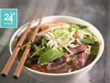 Pho (vietnamese noedersoep met rundvlees)