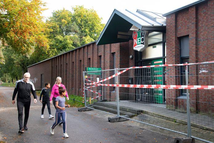 De Eendracht bij NEC, waar brand is gesticht.