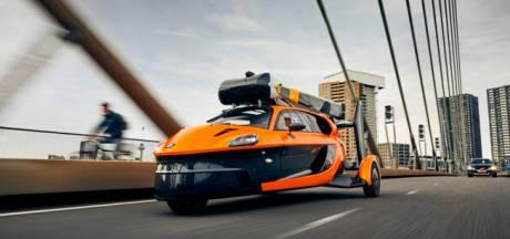 Nieuwsoverzicht | Jongen (10) duikt zonder familie en spullen op bij tankstation - Brabantse vliegende auto mag de weg op