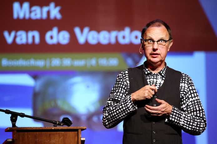Spelen met woorden is Mark van de Veerdonk wel toevertrouwd.