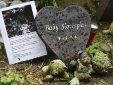 Celstraf geëist tegen bange en huilende moeder van dode 'Sloterplasbaby'