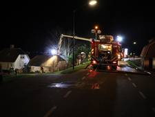 Fotografe belaagd bij schoorsteenbrand in Wijk en Aalburg