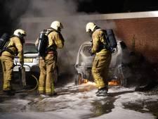 Auto gaat in vlammen op in Warnsveld en Zutphen