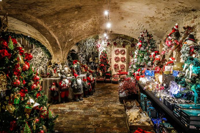Brugge kerstwinkels: de witte pelikaan.